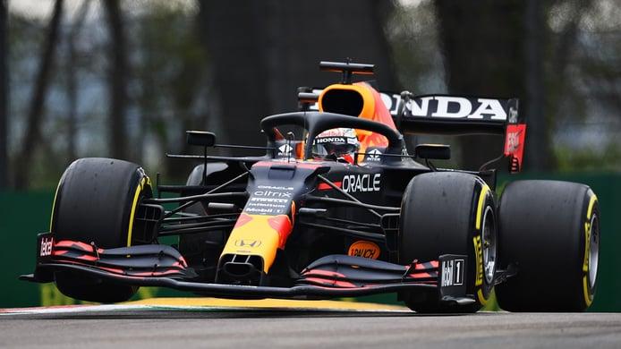 Verstappen se hace con una victoria de prestigio sobre Hamilton en Imola