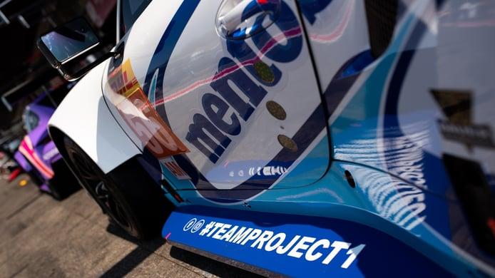Riccardo Pera cierra la alineación del Porsche #56 de Project 1 en el WEC
