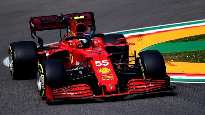 Sainz ya 'juega' con los grandes en Ferrari: «Hoy tocaba atacar y ha salido bien»
