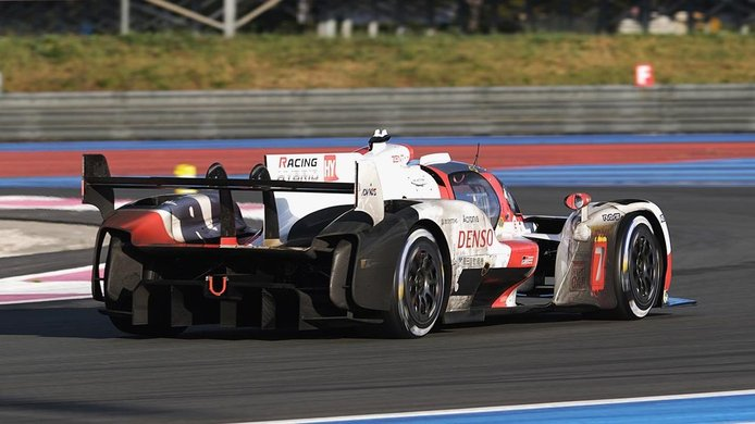 El Toyota GR010 Hybrid completa un nuevo test en Paul Ricard