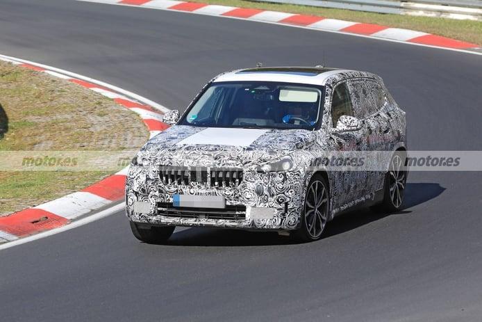 BMW exprime los prototipos del futuro X1 2022 en Nürburgring [vídeo]