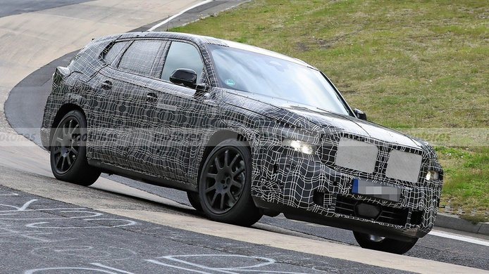 El nuevo BMW X8 y su mecánica híbrida enchufable se enfrenta a Nürburgring