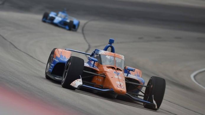 Scott Dixon se impone en las 300 millas de Texas, con Álex Palou en cuarto lugar