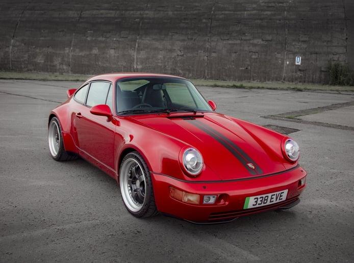 El Porsche 911 eléctrico es una realidad con este radical restomod de +500 CV