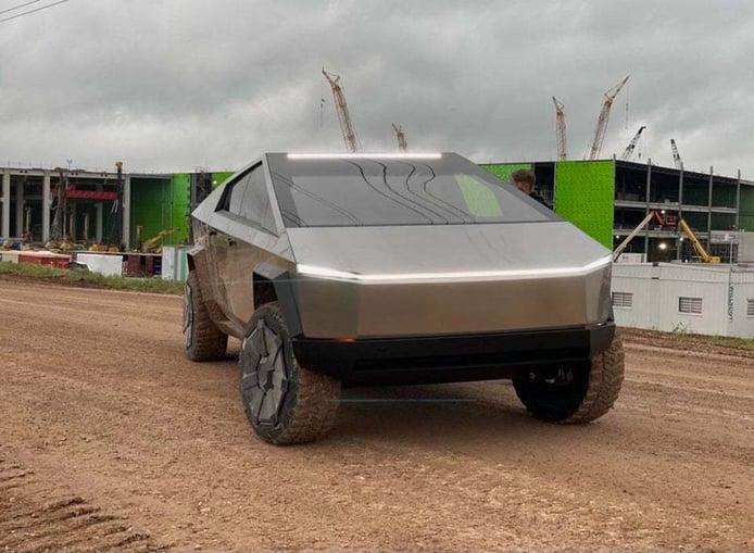 El Tesla Cybertruck se perfila como todo un éxito al alcanzar el millón de reservas