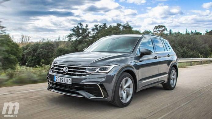 Alemania - Abril 2021: El Volkswagen Tiguan brilla en un mercado en crecimiento