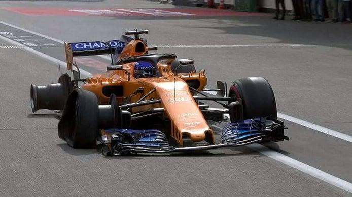 Bakú 2018: el día que Fernando Alonso puntuó a 'dos ruedas'