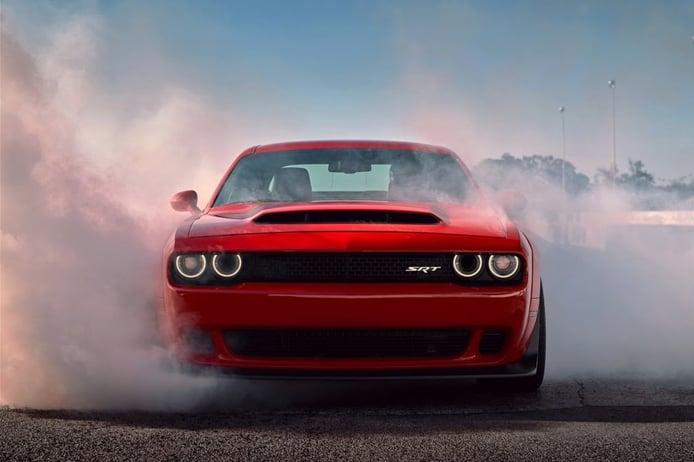 Un concesionario ha escondido más de una docena de Dodge SRT Demon a estrenar
