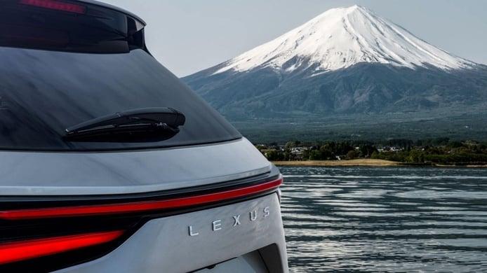 Primer teaser del nuevo Lexus NX 2022, el SUV japonés tiene fecha de presentación