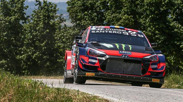 Oliver Solberg gana el Rally di Alba por una sanción a Ott Tänak