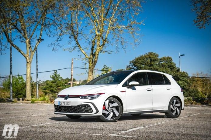 Reino Unido -  Mayo 2021: Volkswagen se pone primera con el Golf