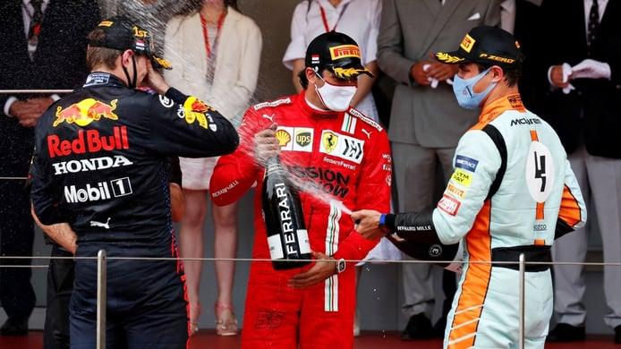 Sainz y el selecto grupo de potenciales campeones de F1: «Incluiría a Norris y Leclerc»