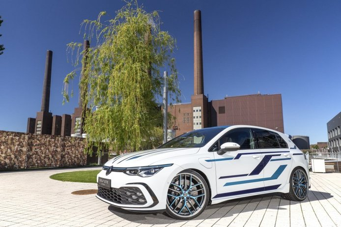 Volkswagen Golf GTE Skylight, el híbrido enchufable que no se verá en Wörthersee