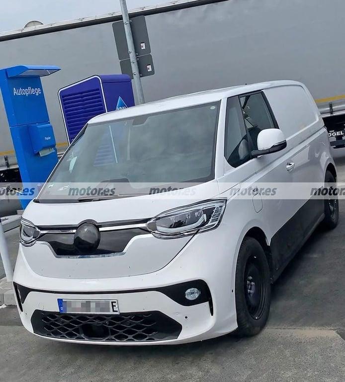Cazado el nuevo Volkswagen ID. Buzz Cargo 2022, la furgoneta eléctrica