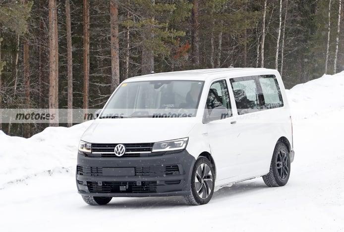 Nuevas fotos espía de la mula del Volkswagen ID. Buzz 2022 muestran interesantes detalles