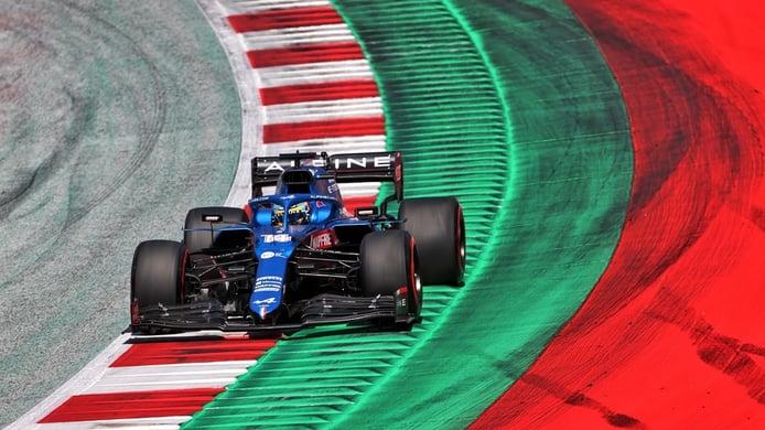 Alonso, furioso contra Vettel: «Como si sale último... el fin de semana se ha acabado»