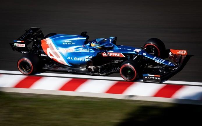 Alonso, noveno, lanza un mensaje a Pirelli: «Sufrimos una inconsistencia alucinante»