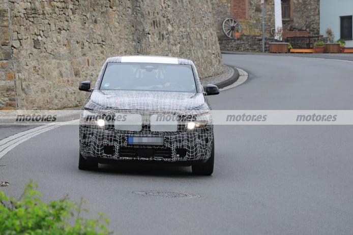 Nuevas fotos espía del BMW X8 M Hybrid 2023, el SUV deportivo en Nürburgring
