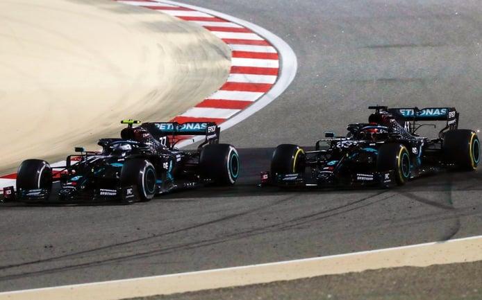 Bottas vs. Russell: Mercedes tomará la decisión en agosto