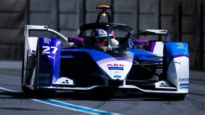 Jake Dennis conquista el triunfo en la primera carrera del ePrix de Londres