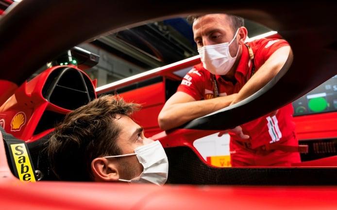 Leclerc y Sainz ya prueban el Ferrari de 2022 en el simulador: «Es muy distinto»