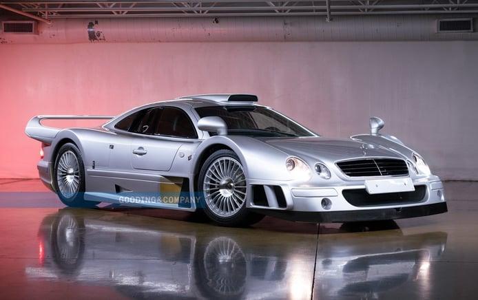 Uno de los brutales y exclusivos Mercedes-Benz CLK GTR de calle a subasta