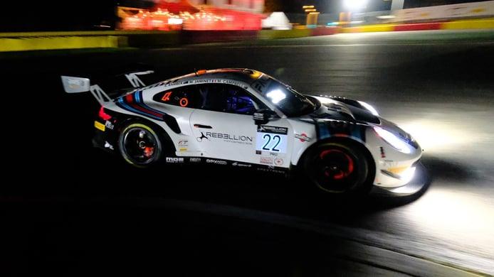 El Porsche #22 de GPX Racing se anota los libres nocturnos en Spa