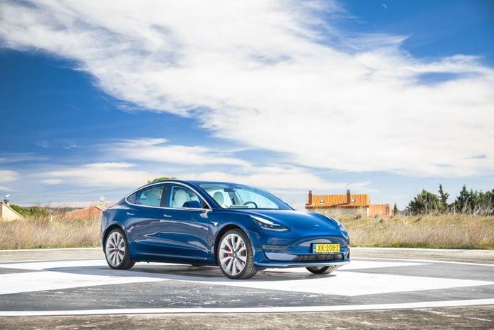 Reino Unido -  Junio 2021: Tesla Model 3 lidera su primer mes en 2021