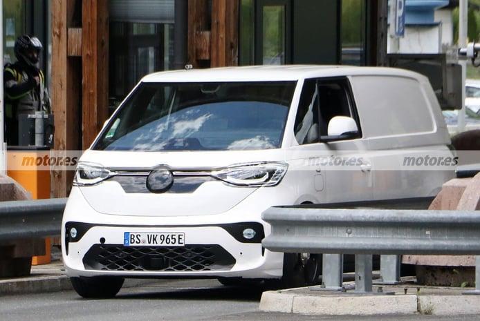 El Volkswagen ID. Buzz Cargo 2022 vuelve a los Alpes, como prototipo de producción