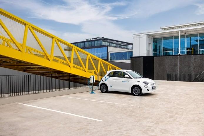 Free Now (antigua mytaxi) ya permite reservar coches eléctricos de Share Now