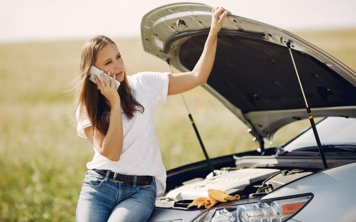 Qué pasa si el coche se queda sin aceite y qué tienes que hacer si te ocurre