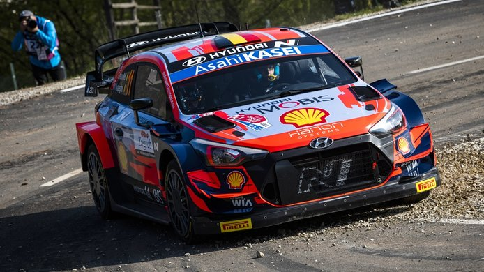 Thierry Neuville: «Creo que puedo ser el favorito en el Ypres Rally»