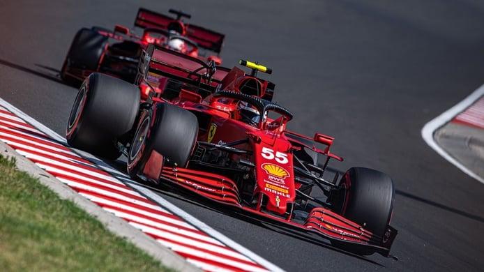 Wolff sitúa a Ferrari y Sainz en la lucha por el título en 2022: «Estarán ahí»