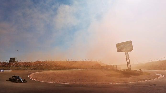 Alonso da una clase de pilotaje en Zandvoort: «Me recordó a Barcelona 2006»