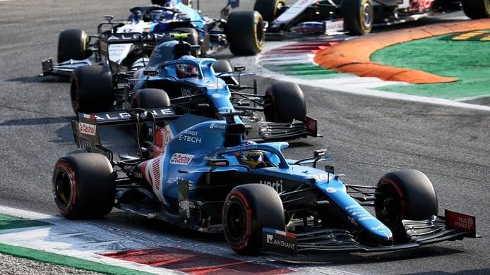 Alonso limita daños puntuando en Monza: «Tenemos que hacerlo todo perfecto»