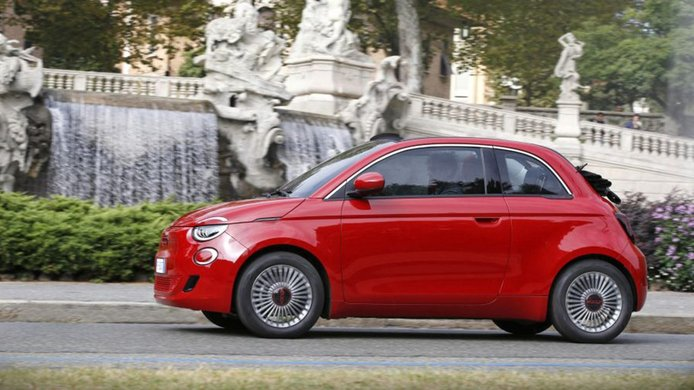 FIAT 500 RED - lateral
