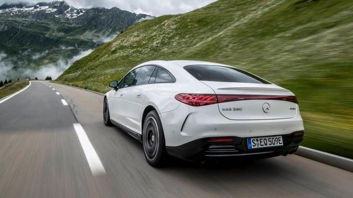 La gama del Mercedes EQS estrenará una nueva versión base en 2022