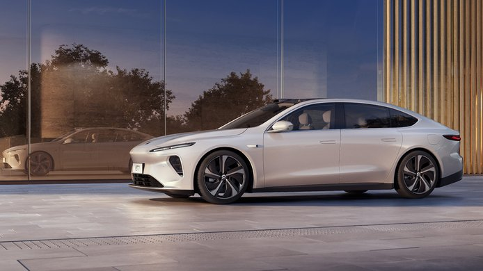 Nio abre la puerta a fabricar sus coches eléctricos en Europa