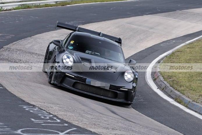 Foto espía Porsche 911 GT3 RS 2022 en Nürburgring - exterior
