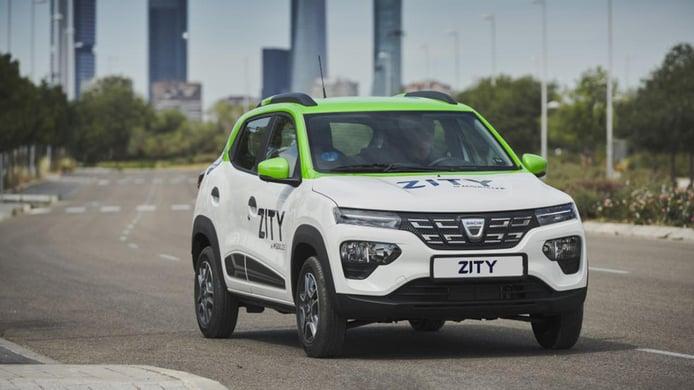 El nuevo Dacia Spring se incorpora a la flota del car sharing Zity en Madrid