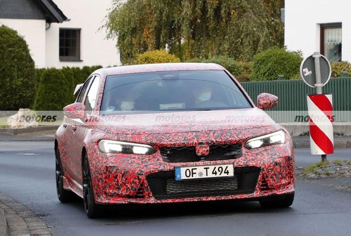 El nuevo Honda Civic Type R 2023, cazado en las cercanías de Nürburgring