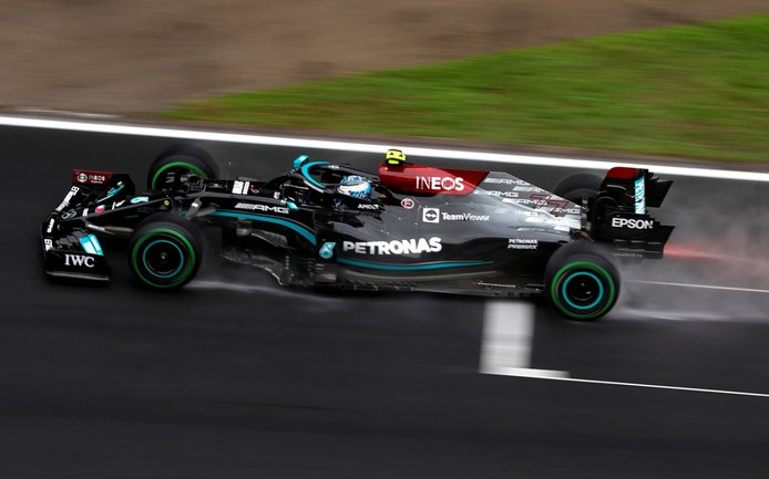 Los inesperados 15 km/h de Mercedes que hacen sospechar a Red Bull