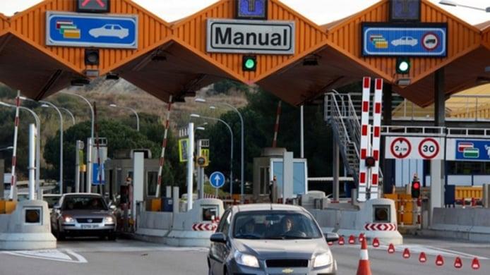 80 € al año por usar las autopistas, el nuevo «tarifazo» que planea el Gobierno