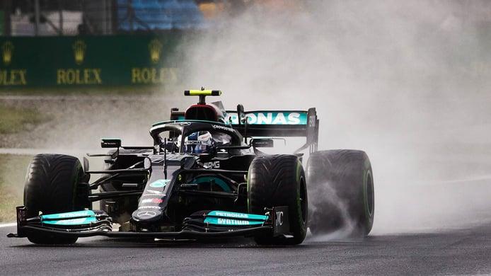 Bottas logra su primera victoria del 2021 en una carrera de pesadilla para Alonso