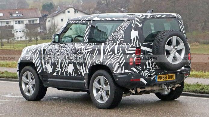 Land Rover Defender 90 V8 - foto espía