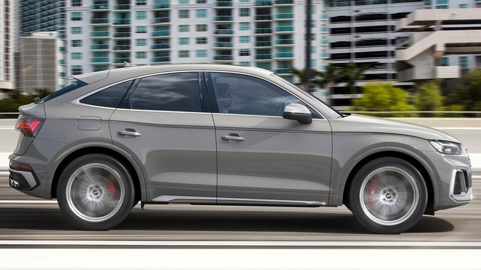 Audi SQ5 Sportback TDI - lateral