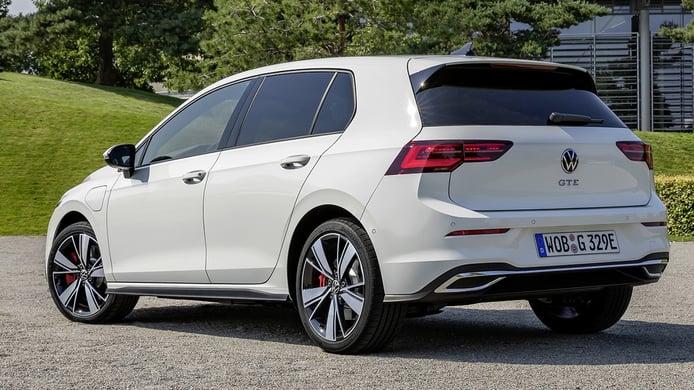 Volkswagen Golf GTE 2021 - posterior