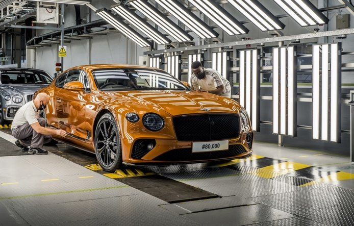 Foto Bentley Continental GT Blackline - exterior