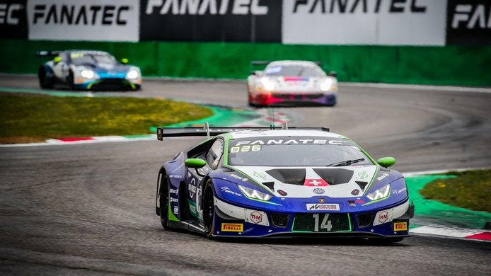 El Porsche #54 de Dinamic Motorsport vuelve a ganar las 3 Horas de Monza