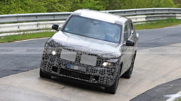 BMW X8 2022 - foto espía
